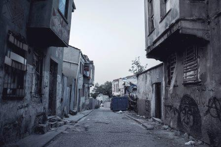 Commentary 598: Refugees and Shantytowns in MENA and Beyond Imperil Global Public Health