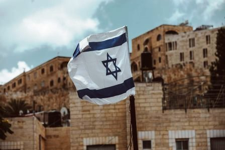Commentary 726: Concern about Iran prompts Israel to weigh acknowledgement of its own nuclear weapons